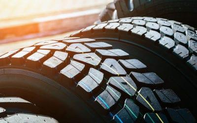 Cuide do seu bruto! Conheça os tipos de pneus e descubra o ideal para seu caminhão.