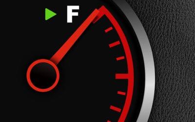 Chega de gastar! 6 dicas para economizar combustível