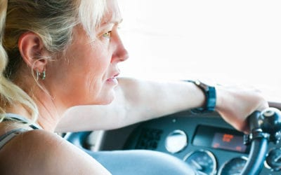Elas na estrada – conheça as caminhoneiras que fazem sucesso no YouTube